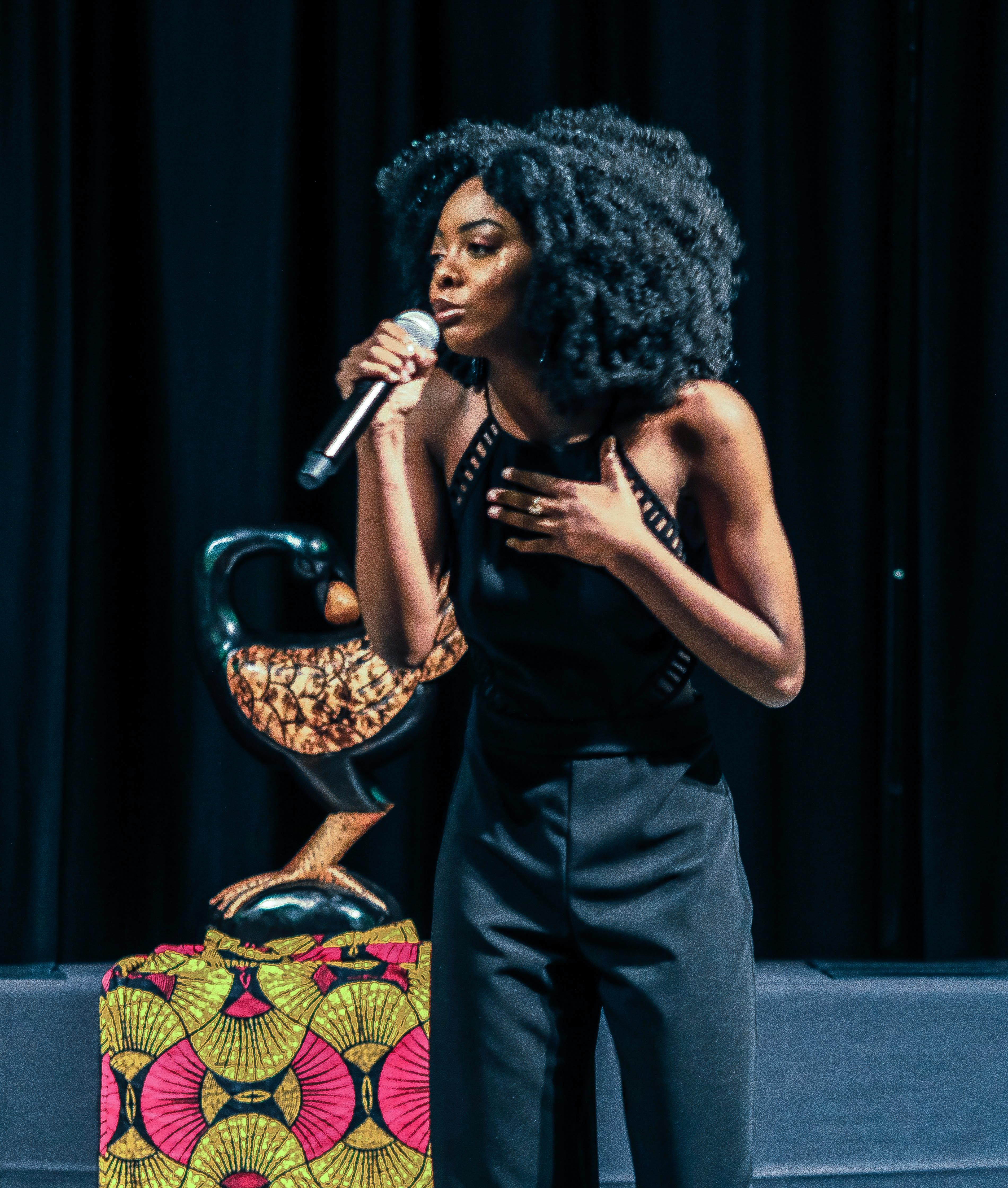 Ebony-Harlem-2019-11