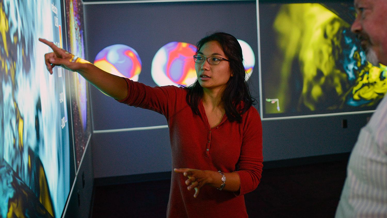 Math and Physics double-major Mia de los Reyes in 2015